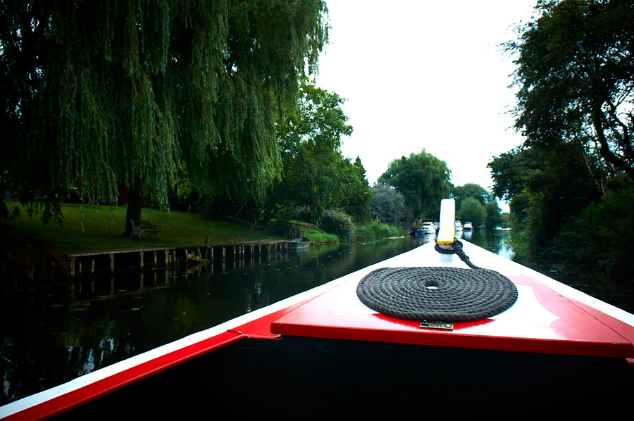 fenland-river-cruise-narrowboat