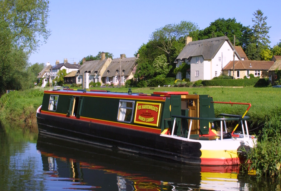 fox-narrow-boat-waterway-cambridge