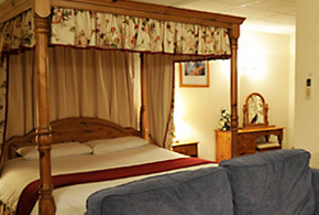 cromwell hotel rooms