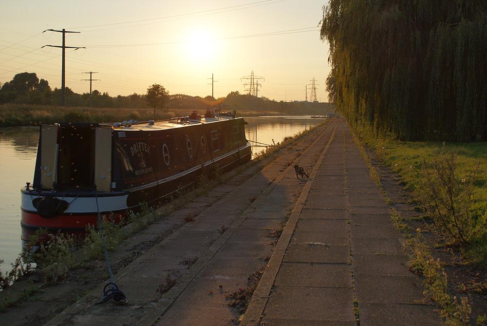 Jan Pickles Narrowboat Peterborough Embankment