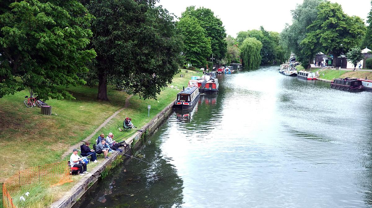 narrowboat holiday for londoners
