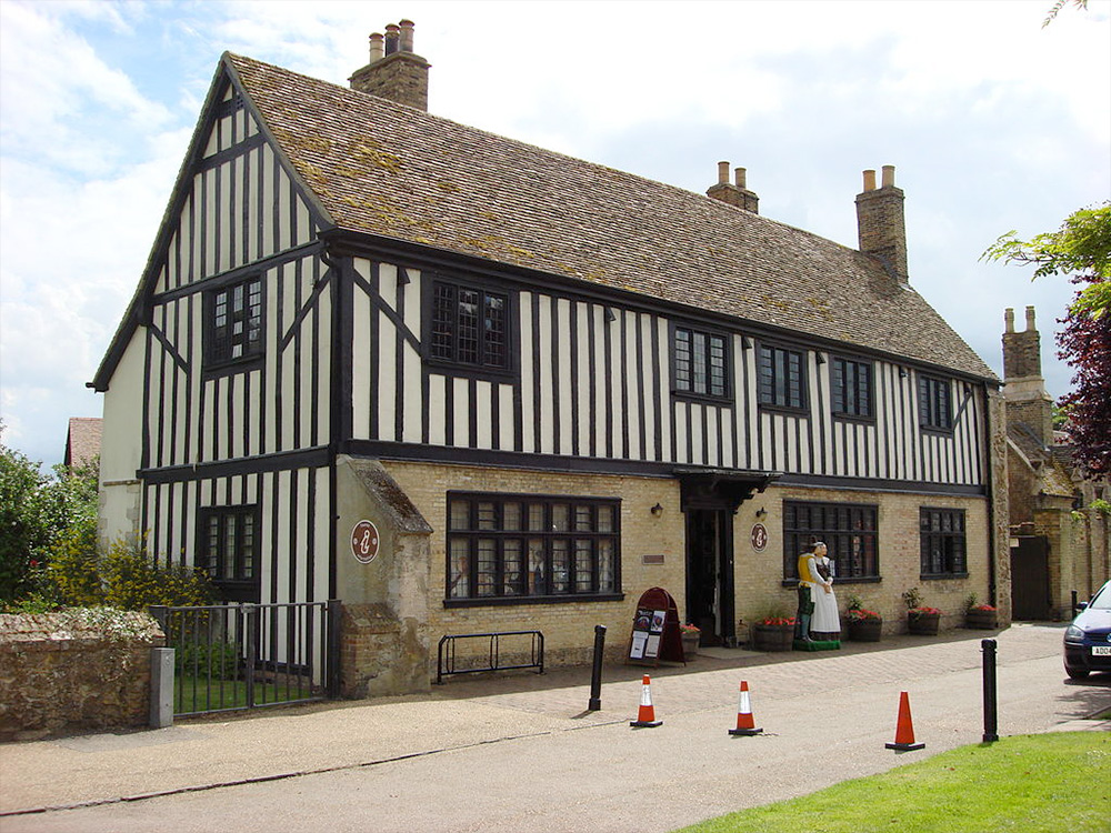 Oliver Cromwells Birthplace