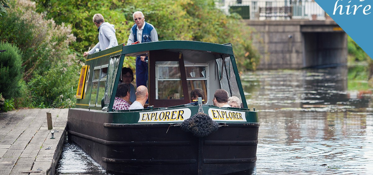 Fox Narrowboats | Day boat hire March near Ely and Cambridge UK
