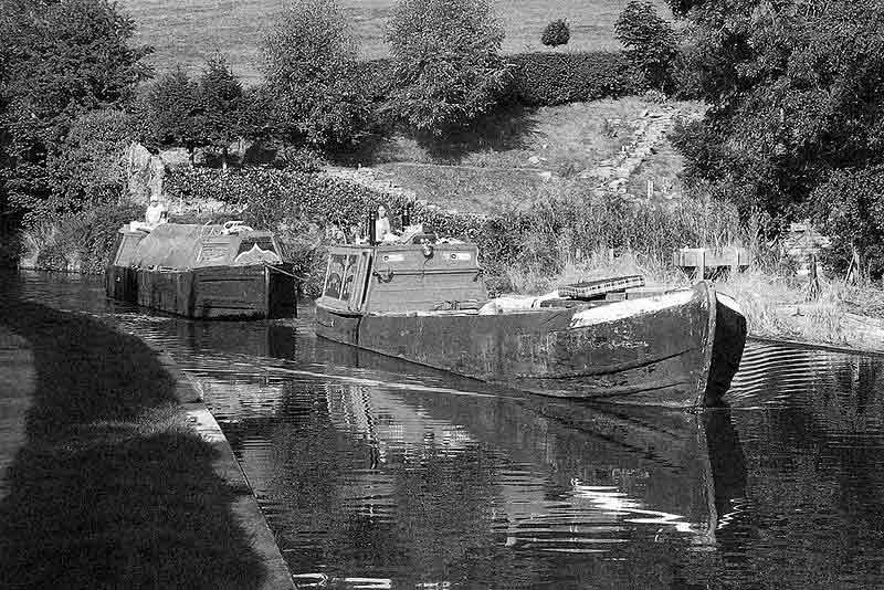 canal narrowboat movies img: wiki