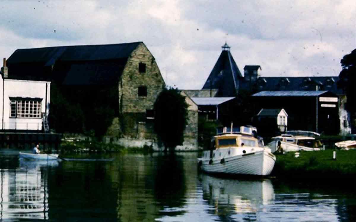 old narrowboat photo fenland waterways