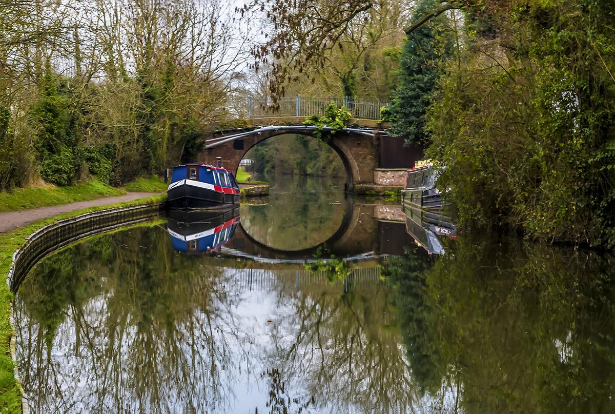 grand union canal narrowboats
